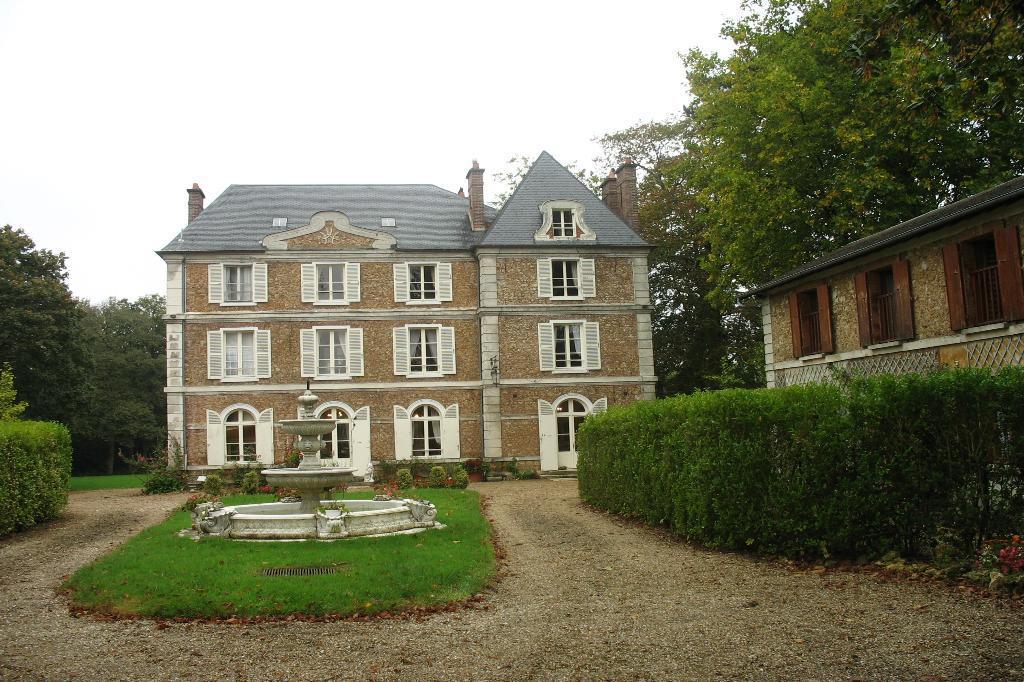 villas in France on sale