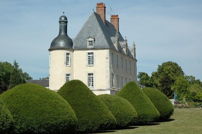 Sale on French castles