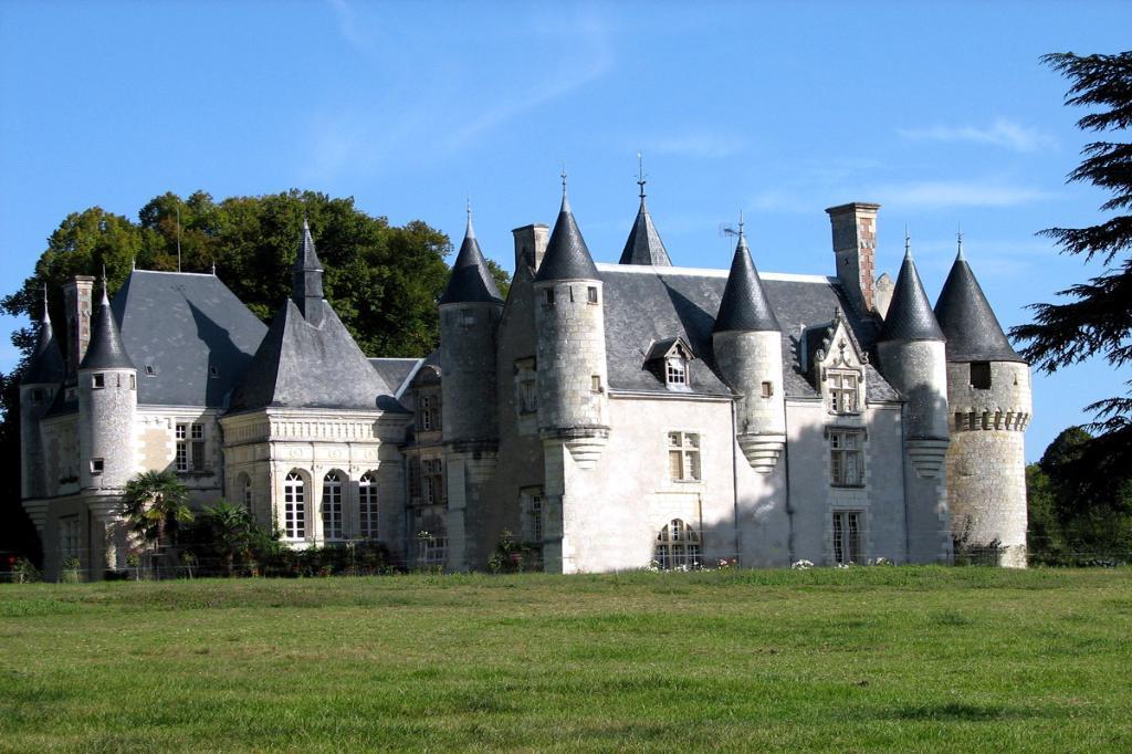 villas on sale in France